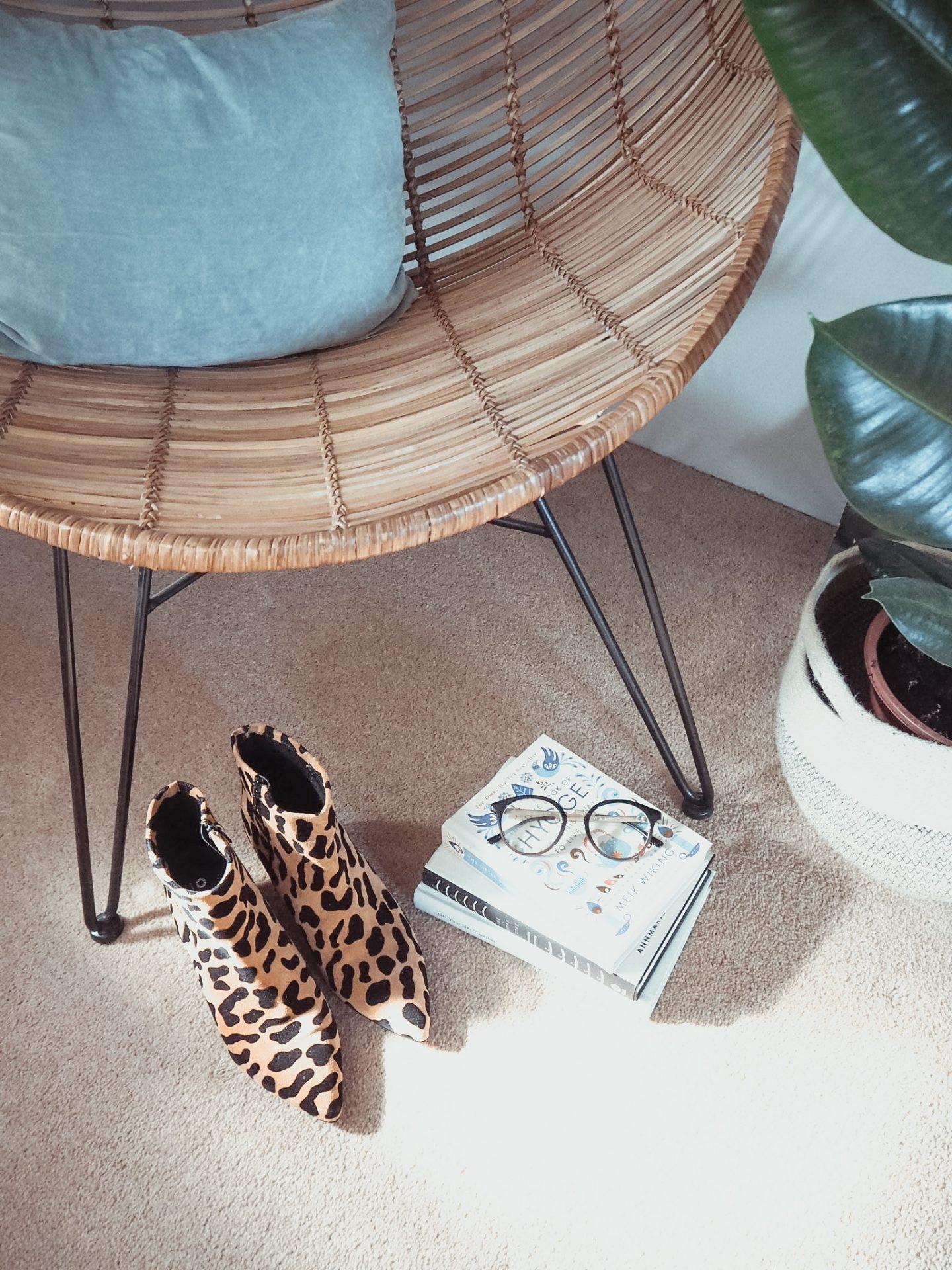Leopard Print Makes The Ladies Skint