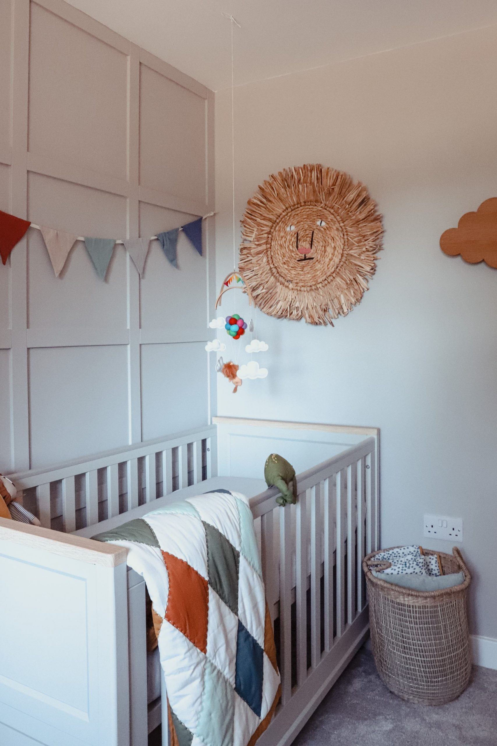 Scandi inspired neutral nursery.